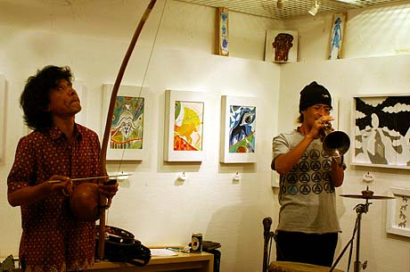 pikaia in シーノ・タカヒデ個展2006
